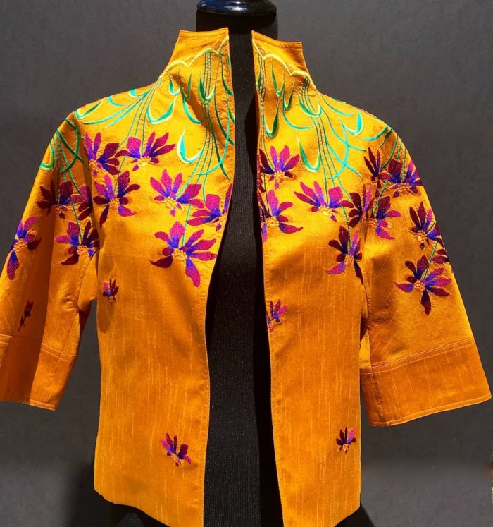 Floral Embroidery Siam Silk Short Jacket
