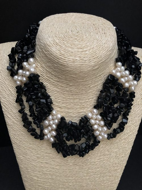 Black onyx and pearl necklace, by Cashmere and Pearls #cashmereandpearls