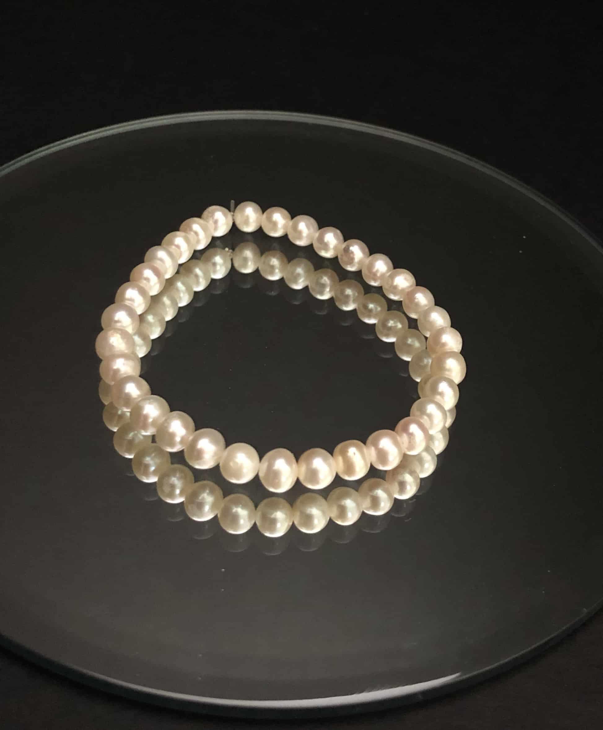 Petite-pearls #cashmereandpearls