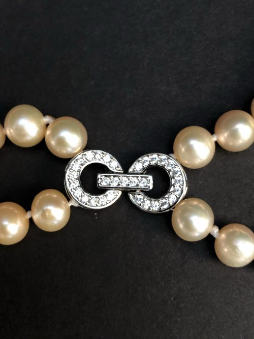 Crystal ClaspFreshwater Pearl Bracelet